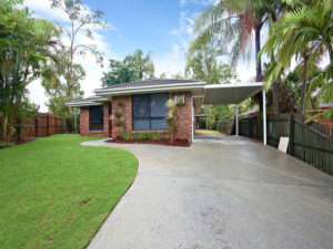 Renovations - Gold Coast - MTB Constructions - Little Home with Grass Field