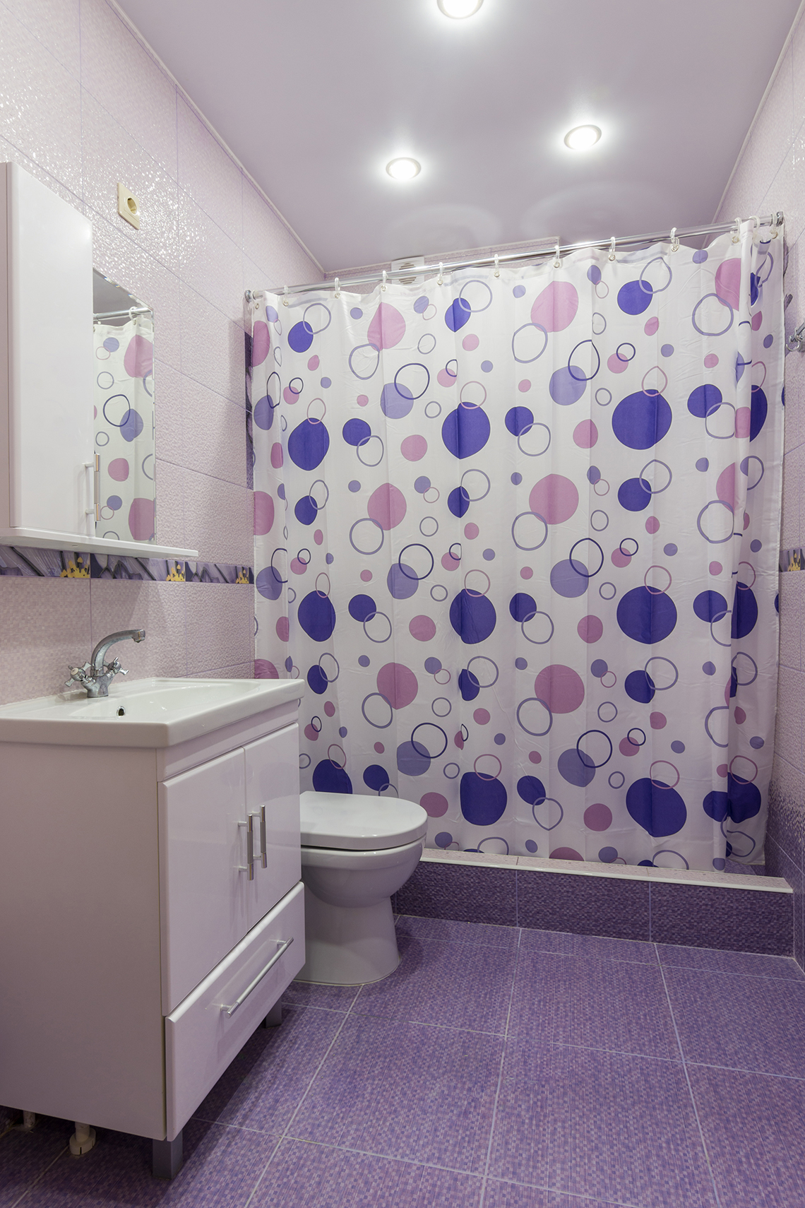 Bathroom upgrading tips on a budget